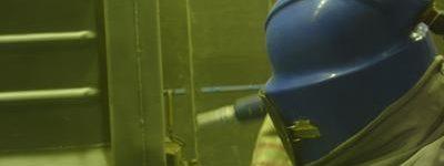 equipos-proteccion-operario-informe-seguridad-cym-sandblasting