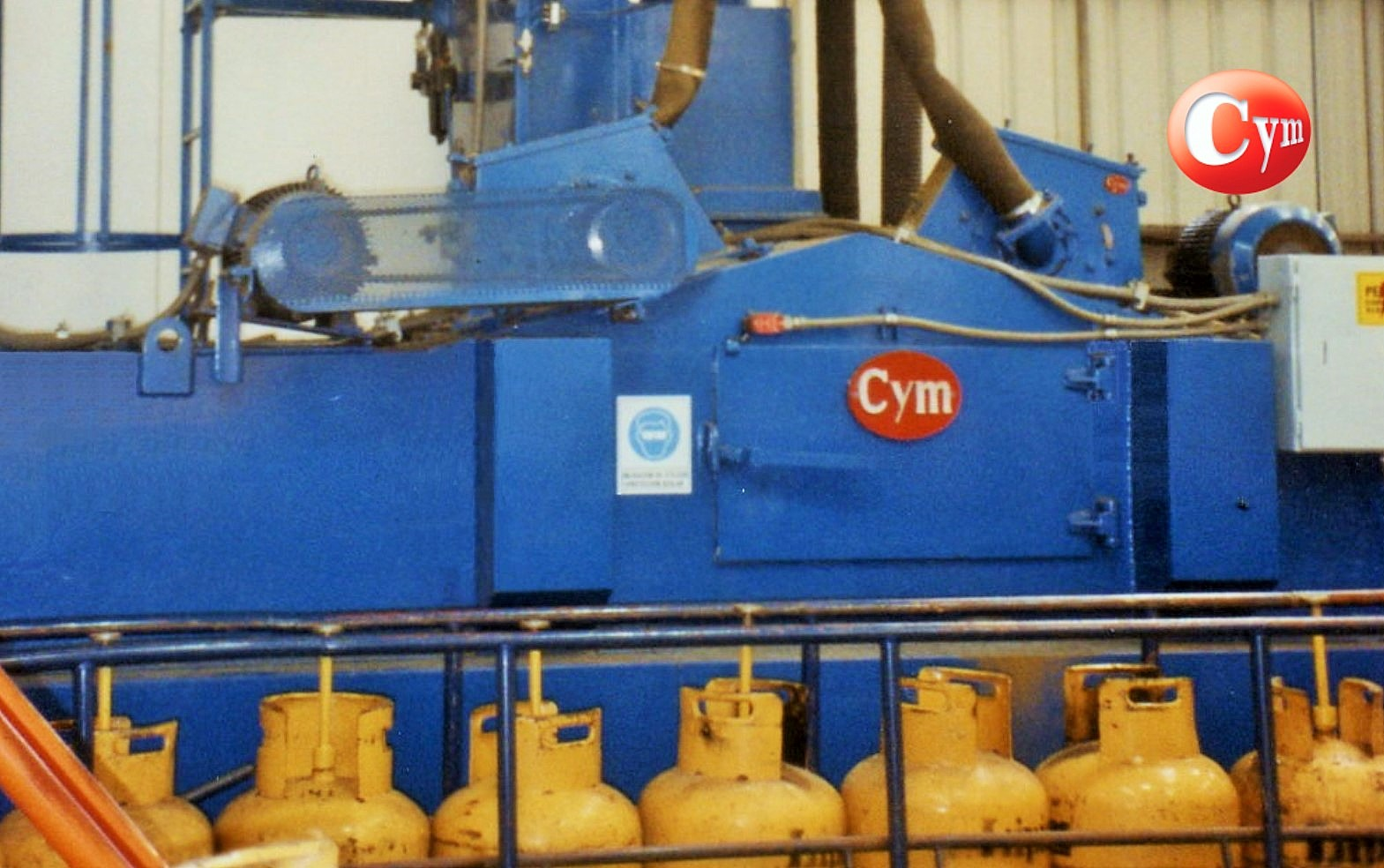granalladora-de-garrafas-continua-ga200R2x20-cymmateriales