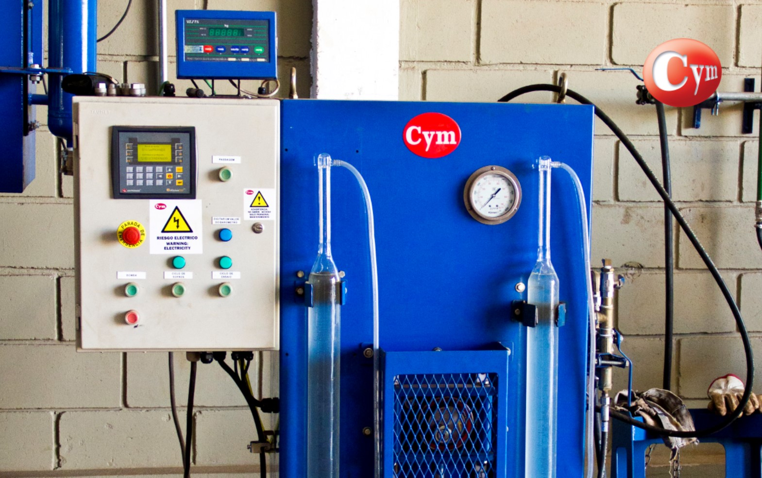 prueba-hidraulica-cilindros-gnc-panel-electrico-cymmateriales