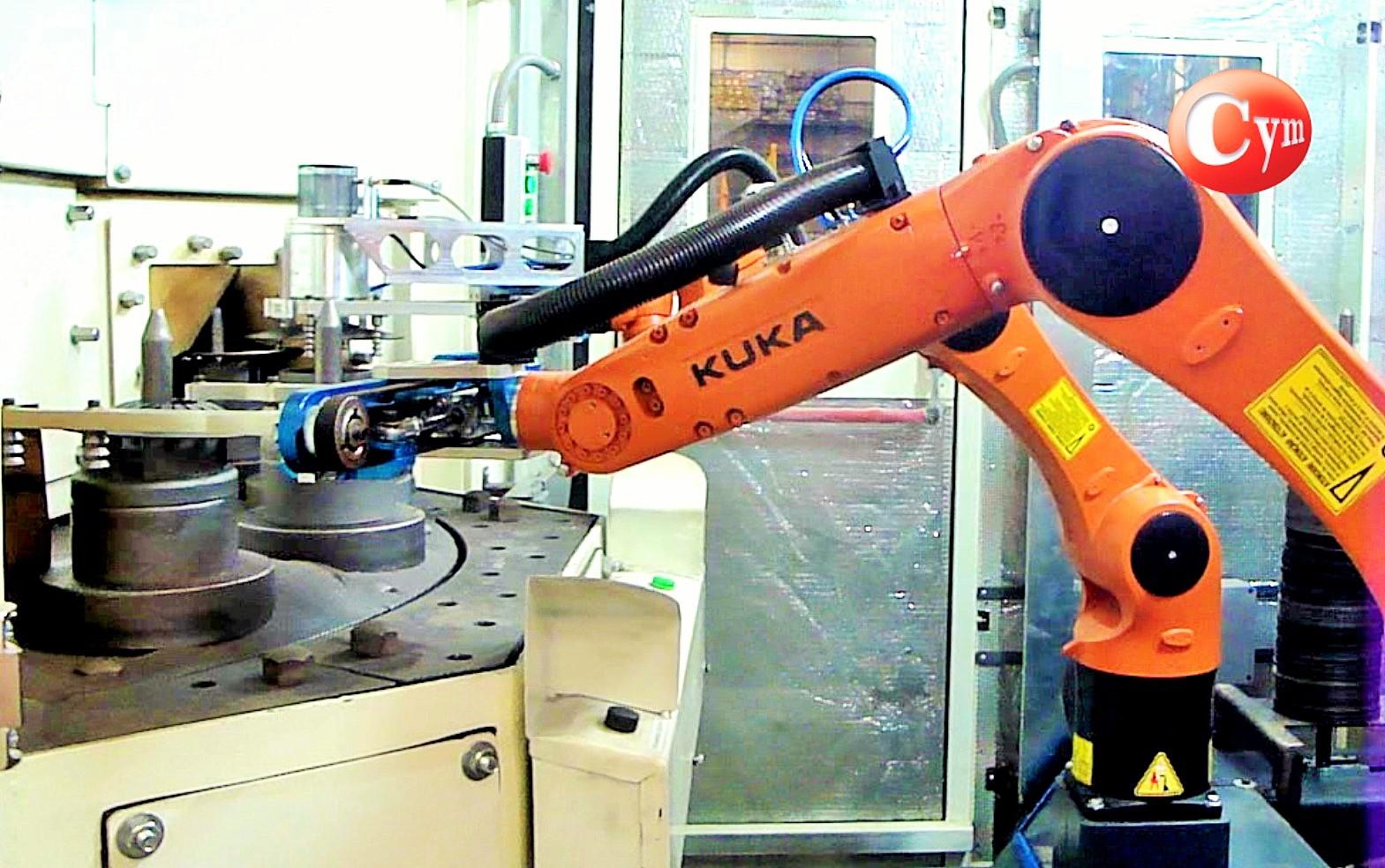 shot-peening-de-discos-de-embragues-carga-automatica-con-robots-cymmateriales